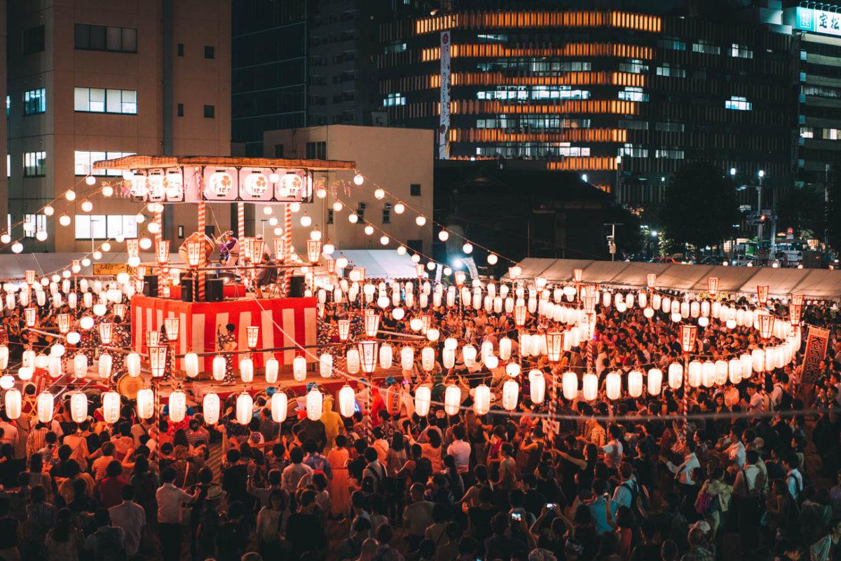真夏の夜の夢… 築地本願寺納涼盆踊り