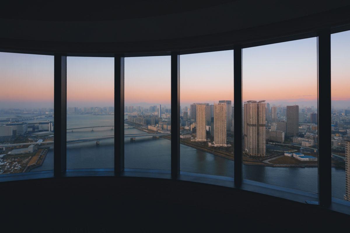 【圧倒的開放感】三井ガーデンホテル 豊洲ベイサイドクロスから望む湾岸ビュー